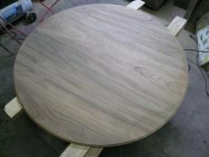 丸テーブル3