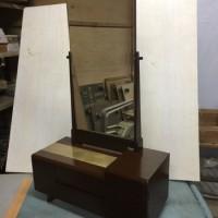 塗り替え後の鏡台