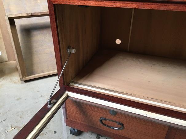 桐箪笥をテレビボード