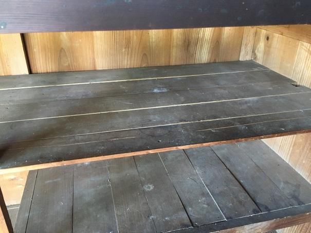 戸棚の中汚れ
