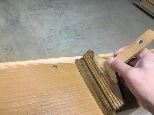 トノコ塗り作業
