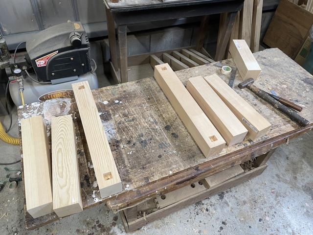 テーブル脚製作